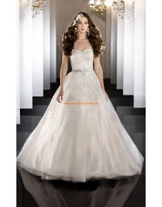 Robe de marie princesse satin tulle application avec ruban