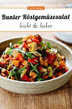 Grilling Recipes Colorful roasted vegetable salad, which is also low in carbohydrates – smarter – time: 25 … Roasted Vegetable Salad, Roasted Vegetables, Veggies, Easy Salads, Easy Meals, Healthy Salad Recipes, Eat Smarter, Clean Eating Recipes, Natural