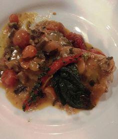 cartagena-prato-la-vitrola Beef, Ethnic Recipes, Food, Phonograph, Gastronomia, Portion Plate, Cartagena, Meat, Essen