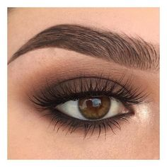 For Brown Eyes - A great eye make-up. This makes the eyes expressive and ensures the perfect look. -Makeup For Brown Eyes - A great eye make-up. This makes the eyes expressive and ensures the perfect look. Eye Makeup Tips, Skin Makeup, Makeup Inspo, Makeup Inspiration, Makeup Ideas, Makeup Tutorials, Makeup Hacks, Makeup Looks For Brown Eyes, Natural Prom Makeup For Brown Eyes