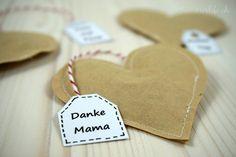 Teeherzen zum Muttertag Diy Paper, Desserts, Blog, Recipes, Kindergarten Gifts, Mother's Day Diy, Good Ideas, Valentines Day, Kunst