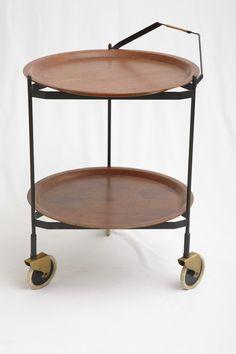 Coffee Cart - Vintage - '50 - Mechelsesteenweg 247 - 2018 - Antwerpen - Belgium - Open: Wed - Sat 12.00 - 17.30 - mailto:info@modestfurniture.com SOLD