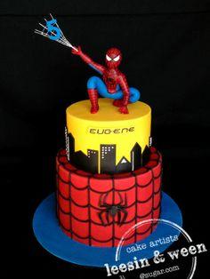 Spiderman Cake Ideas for Little Super Heroes - Novelty Birthday Cakes Superhero Birthday Cake, Novelty Birthday Cakes, Novelty Cakes, Spiderman Cake Topper, Batman Cakes, Spiderman Cookies, Torta Pj Mask, Cupcakes Decorados, Cakes For Boys