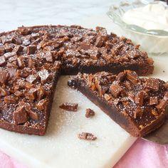Candy Recipes, Sweet Recipes, Baking Recipes, Dessert Recipes, Chocolat Cake, No Bake Snacks, Just Bake, Sweet Cakes, Yummy Cakes