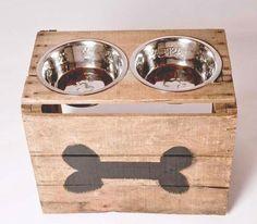 rustic dog bowls, wooden, reclaimed wood, pallet, pallet design, dog supplies, dog accesories