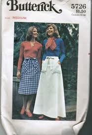 Butterick 5726 Skirts Size: Used Sewing Pattern Butterick Sewing Patterns, Vintage Sewing Patterns, Clothing Patterns, Skirt Images, Pattern Images, Pattern Cutting, Skirt Pants, Blouses For Women, Ladies Blouses