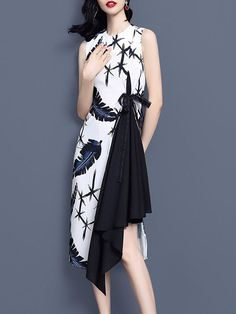 Buy Party Dresses Elegant Dresses For Women from 788 at Stylewe. Online Shopping Stylewe Party Dresses Floral Dresses Party A-Line Crew Neck Sleeveless Statement Printed Dresses, The Best Date Elegant Dresses. Elegant Midi Dresses, Elegant Dresses For Women, Pretty Dresses, Floral Dresses, Printed Dresses, Dress Batik Kombinasi, Model Dress Batik, Modern Batik Dress, Mode Batik
