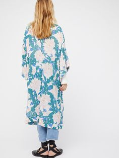 If You Say So Kimono | Beautiful printed kimono featuring an ultra lightweight, crinkly fabrication.    * Hidden side pocket details