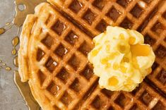 There are many reasons to use a stove top waffle iron, such as wanting to avoid nonstick surfaces and desiring the more crispy product that waffle irons make. Stove top waffle irons are a popular choice today, despite their old-fashioned styling. Waffle Recipe Using Pancake Mix, Waffle Recipe With Pancake Mix, Best Pancake Mix, Easy Waffle Recipe, Waffle Iron Recipes, Waffle Mix, Oven Recipes, Meat Recipes