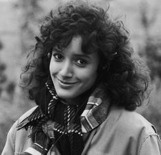 jennifer beals curly hair