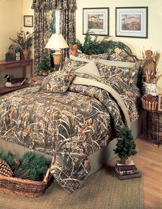 Real Tree Max-4 Camo Bedding by Kimlor