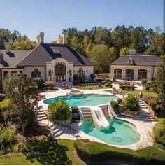 That's my dream home backyard goals! That's my dream home backyard goals! Dream Home Design, My Dream Home, House Design, Dream Mansion, Luxury Pools, Luxury Swimming Pools, Swimming Pool Designs, Kids Swimming, Luxury Estate
