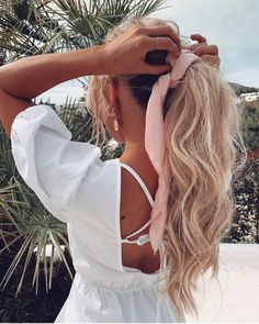 That heavenly mane on 🙌 using + dream coat + texture spray 💫 Messy Hairstyles, Pretty Hairstyles, Wedding Hairstyles, Blonde Hairstyles, Hair Up Styles, Hair Dos, Cut And Style, Hair Inspo, Hair Inspiration