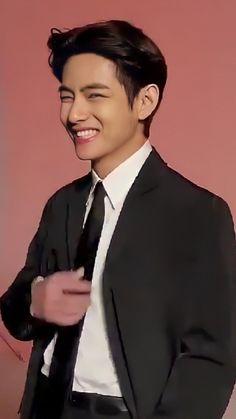 Bts Boys, Bts Bangtan Boy, Bts Jimin, Kim Taehyung Funny, V Taehyung, Foto Bts, V Bta, V And Jin, Taehyung Photoshoot