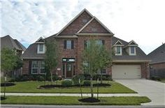 Gorgeous 2012 waterfront 5 bedroom 4 bath home -  4,185 sq ft, like new and a must see! 7907 Dunlap Field Ln, Richmond TX