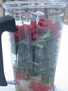 Kale Cranberry Smoothie, this looks great.