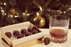 Bombons de Azeitão Simões acompanhados por Arrabidine® Tinto. ~ Boas Festas