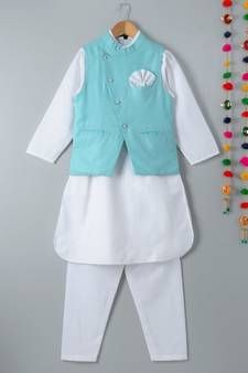Kids Kurta Pajama – Buy Designer Kurtas for Kids Online Kids Kurta Pajama, Boys Kurta, Children Outfits, Boy Outfits, Kids Dress Collection, Kids Indian Wear, Dress Indian Style, Boys Pajamas, Girl Online