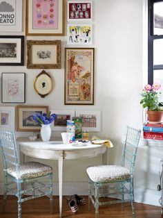 DIY art hanging. Hot. And check out those acrylic Chiavari chairs - drool. Try a chevron seat cover too!