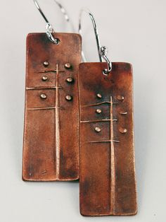 wind in the willows earrings |