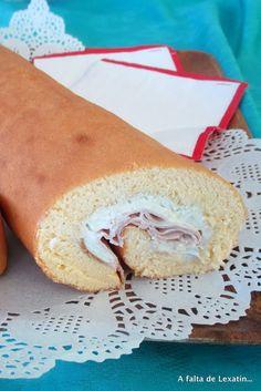 Brazo gitano relleno de crema de queso azul y jamón cocido