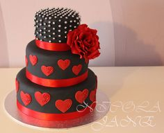 Wedding Cakes Black Red Polka Dots 19 Ideas For 2019 Pretty Cakes, Beautiful Cakes, Amazing Cakes, Black Wedding Cakes, Cool Wedding Cakes, Fondant Cakes, Cupcake Cakes, Polka Dot Cakes, Polka Dots