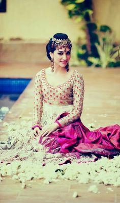 Beautiful #Desi Bride, #Lehenga, Choli, Jewelry...