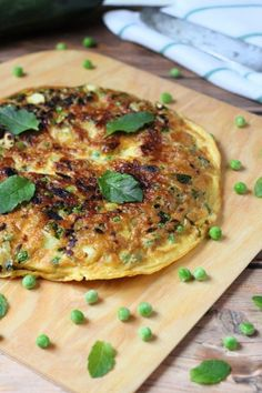 Frittata, Salmon Burgers, Chicken, Ethnic Recipes, Mint, Cubs