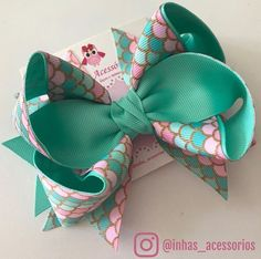 🌊🎀🌊🎀🌊🎀🌊🎀🌊🎀🌊🎀🌊🎀 Available on Hair clips or headband Ribbon Hair Bows, Diy Ribbon, Pink Hair Bows, Hair Bow Tutorial, Making Hair Bows, Diy Bow, Boutique Bows, Girls Hair Accessories, Girls Bows
