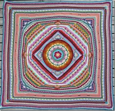 http://solgrim.blogspot.be/2015/10/the-universe.html   Sophie is finished. made with the extra borders that are sugested in the pattern.  The finished blanket has sides that are 140 cm. Sophie's Univers Project