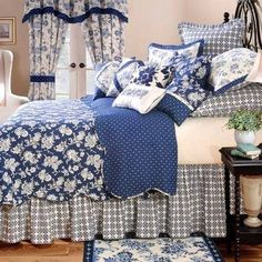 Shabby Chic Bedding, Off Quilts, Comforters & Duvet Covers: The Home Decorating Company Blue Rooms, White Rooms, White Bedroom, Master Bedroom, Royal Bed, Royal Navy, Casas Shabby Chic, Cosy Home, French Country Bedrooms