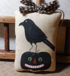 Primitive HALLOWEEN CROW Pillow Tuck Wall Hanging Folk Art Black Jack-O-Lantern #NaivePrimitive #Idid