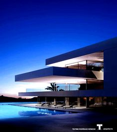 "Art & Architecture on Instagram: ""What do you think about this design? Luxury Villa.... Design by @arthectonica Teotimo Architect..... Located in Tenerife #CanaryIslands…"" #Luxury Minimalist Architecture, Modern Architecture House, Architecture Design, Modern Villa Design, Luxury Homes Dream Houses, Modern Mansion, Dream House Exterior, Dream Home Design, Exterior Design"