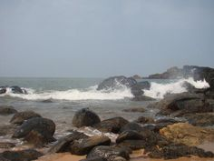 If you have had enough of the beaches of Goa, the much-hyped susegad life, and the sweet local port wine, then it is time you head for the beaches and the rocky landscapes of the Western Ghats in Gokarna.