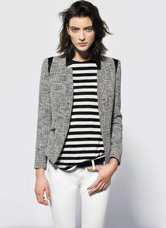 calça branca + blusa listrada + casaco tweed