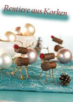 Upcycling-Idee im Advent: Rentiere aus Korken