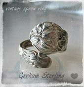Hopeasormus / Lusikkasormus Gorham   flearoom Spoon Jewelry, Place Card Holders, Floral, Rings, Flowers, Ring, Jewelry Rings, Flower