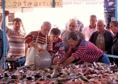 Alaçatı Balık Mezatı - Alaçatı Sosyal