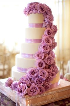 orchid purple flowers wedding cake