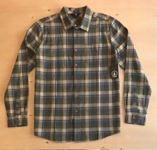 Volcom Men's Long Sleeve Button Up Shirt NWT Casual Shirts, Button Up Shirts, Men Casual, Buttons, Long Sleeve, Sleeves, Mens Tops, Clothes, Outfits
