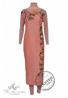 Elegant peach suit adorn in floral embroidery