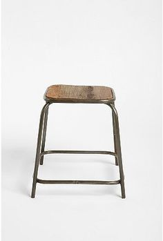 apprentice stool