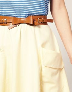 saw this belt being sold with a dress in mango. don't really care for the dress, i wish i could just get the belt
