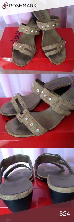 """Ditto Vanelli Embellished Cork Sandals Ditto sandals by Vanelli with rhinestone embellishment. Comfortable rubber soles with 2"""" heel. Very good preowned condition. These sandals have lots of miles left to walk🌈👡🌈. Natural cork, Sz 8. Vaneli Shoes Sandals"""