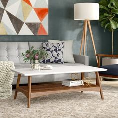 Kitnet & Studio Decoration: Designs & Photos - Home Fashion Trend Coffee Table Rectangle, Coffee Table With Storage, Modern Coffee Tables, Small Coffee Table, My Living Room, Living Room Furniture, Home Furniture, Living Room Decor, Street Furniture