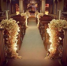 Image result for decoracion de templo para boda con esferas