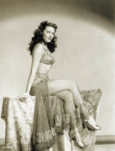 Yvonne De Carlo (Lilly in the Munsters)