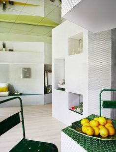 Tiny Perimeter Apartment With Smart Design Solutions | DigsDigs
