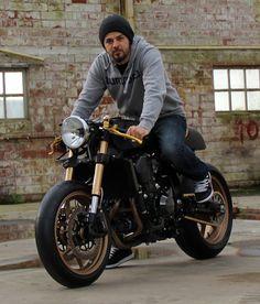 Gunnar's House of Customs' Zed (2012 Kawasaki Z750R) via The Bike Shed