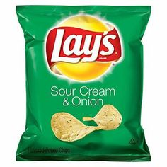 Lay's Sour Cream & Onion Flavored Potato Chips, 1 Ounce (Pack of Pack of 104 Bags Bag Of Cheetos, Cheetos Crunchy, Cheetos Puffs, Churros, Funyuns Recipe, Frito Lay Chips, Perfect Portions, Honey Bbq, Sour Cream And Onion